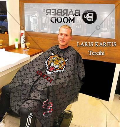 Loris KARIUS 'da Barber Mood'u sevdi. Futbolcu üzerindeki ürünümüz GG- Tiger Penuar ürünüdür.