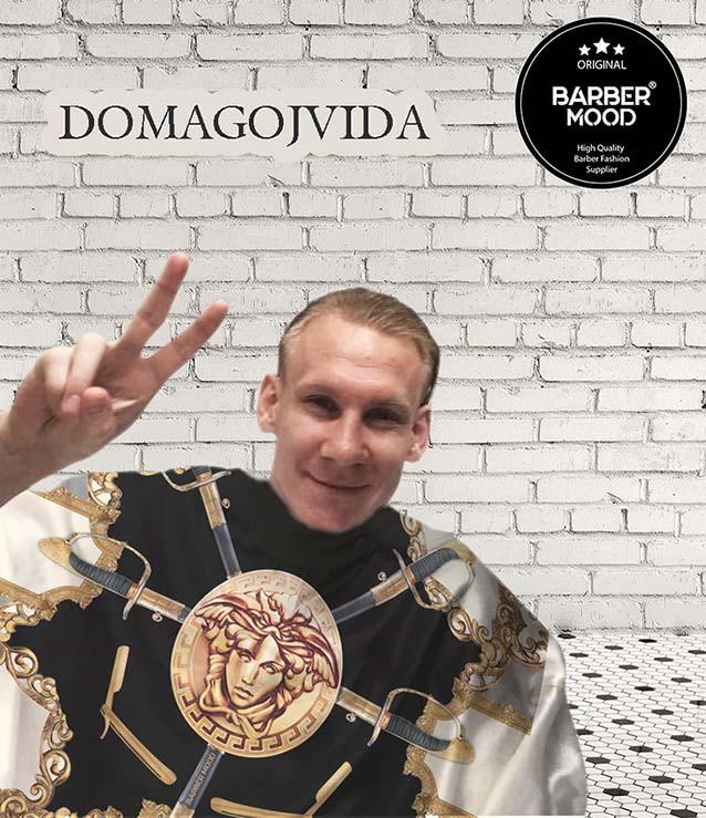 Swords Cape - Penuar giyen Domagoj VIDA 'da Barber Mood'u sevdi. Futbolcu üzerindeki ürünümüz Swords Cape - Penuar ürünüdür.