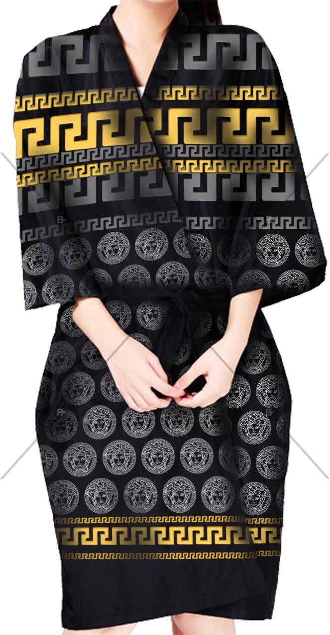 Full Baskılı Kimono - BM- kmn 003 ürünü kuaför ve berberlerin en çok tercih ettiği personel önlüğüdür.