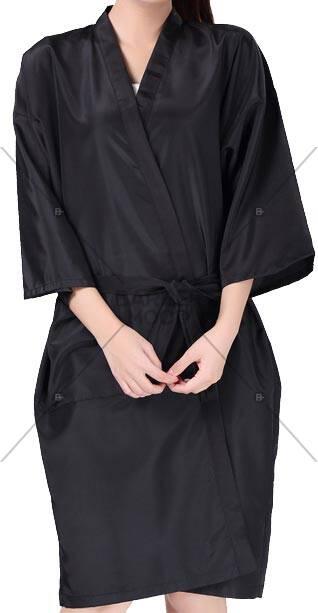 Düz Siyah Kimono - BM- kmn 006 ürünü kuaför ve berberlerin en çok tercih ettiği personel önlüğüdür.